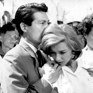 Rendez-vous with French Cinema: Hiroshima Mon Amour couple
