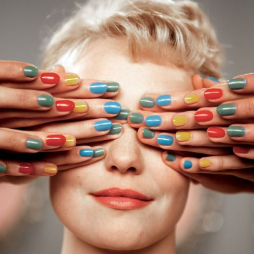 Populaire - Multicoloured fingers