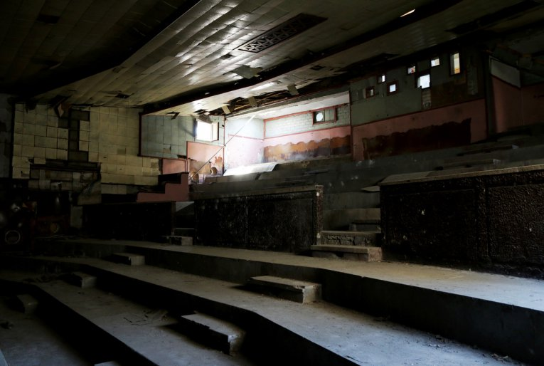 Palestine's disappearing cinemas