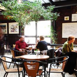 Café/Bar