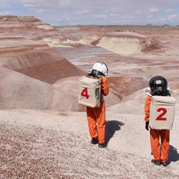 Ella Good & Nicki Kent at the Mars Desert Research Station in Utah © Robert Keller, Satori Photos 2019