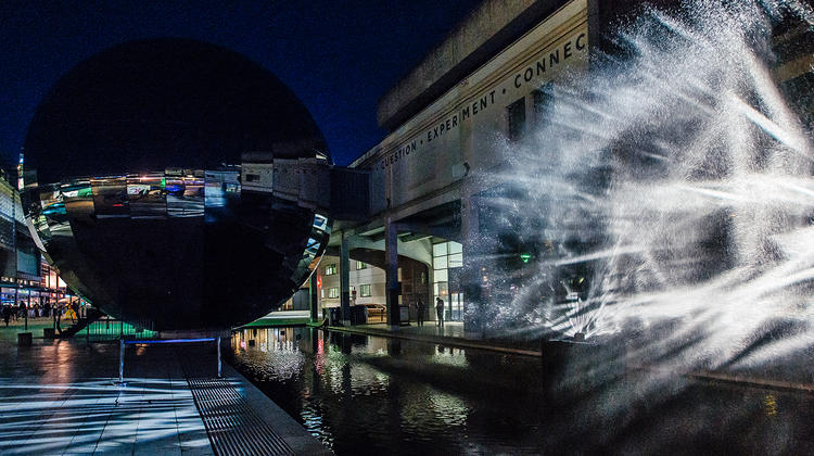 Photo of Layered Realities 5G showcase in Millennium Square Bristoltol